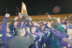 Shiner Comanches celebrate state championship football victory